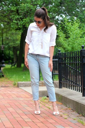 Lauren Conrad necklace - Old Navy jeans - Ray Ban sunglasses