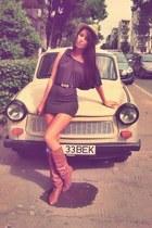 bronze vintage boots - dark brown ruffle Amisu dress - tan NY hat