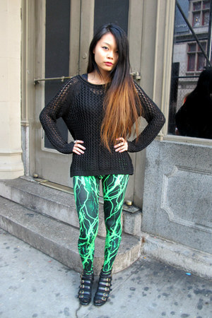 black oversized H&amp;M sweater - lightning green Black Milk Clothing leggings