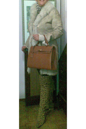 brown ZM boots - camel Kelly purse - ivory armani coat - AloaStyle scarf - bulga