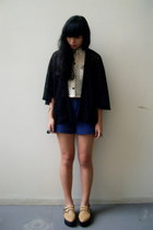 flatforms shoes - black kimono jacket