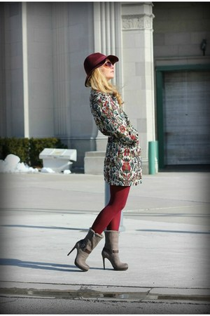 Zara coat - Jessica Simpson boots - H&amp;M hat