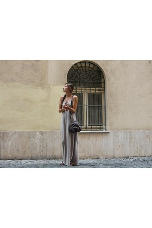 long cotton Vero Moda dress - brown leather Esprit bag