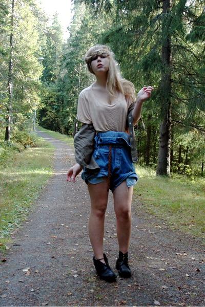 beige H&M top - green GINA TRICOT shirt - blue Beyond Retro shorts - black secon
