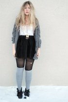 black jeane blush skirt - gray H&M socks