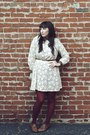 Off-white-vintage-dress-brown-thrifted-blouse-maroon-vintage-tights-tan-vi