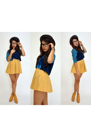 Kiss and Tell skirt
