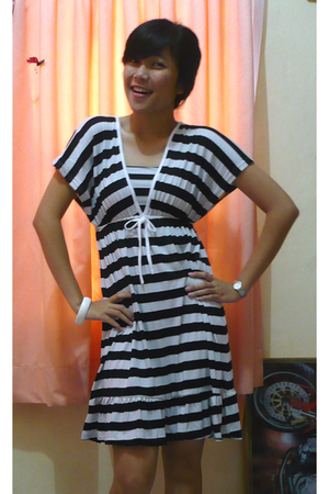 zebra stripped dress