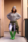 Green-rainboots-hunter-boots-heather-gray-unknown-brand-hat