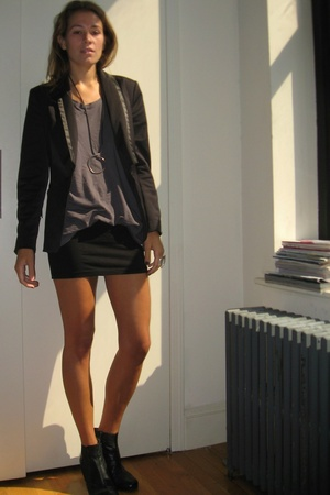 Zara blazer - f21 skirt - H&M shirt - united nude shoes