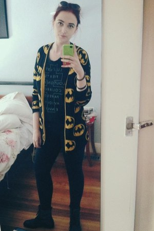 yellow batman Kathryn Vintage cardigan - black boots - black Target leggings
