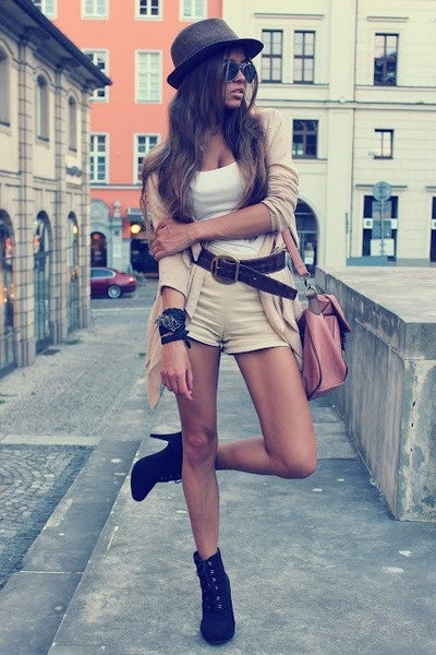 black boots - camel shorts - white top - black belt