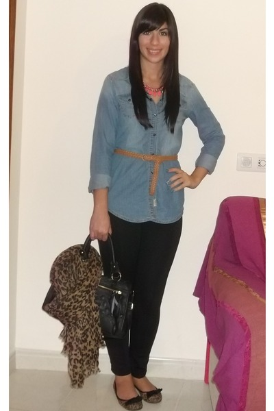 denim shirt pull&bear blouse - Primark leggings - Primark bag - Zara necklace
