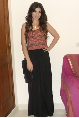 Bershka skirt - Primark bag - Bershka top - Ebay necklace
