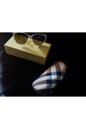 Nordstrom jacket - Burberry sunglasses