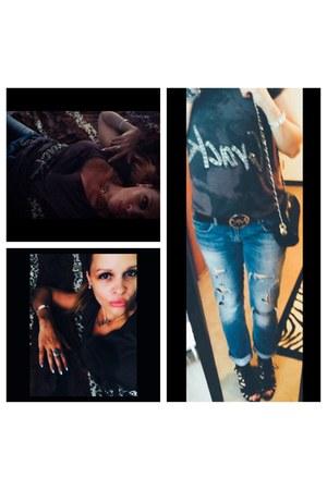 Vince Camuto boots - Zara jeans - Moschino bag - Michael Kors belt