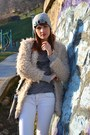 Beige-faux-fur-zara-coat