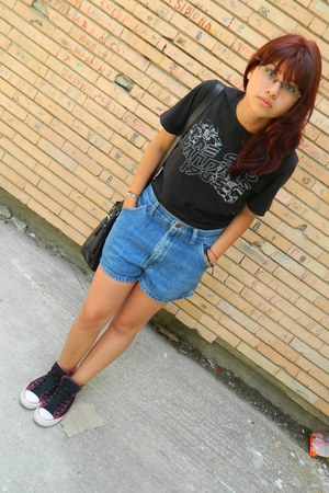 shoes - denim H&M shorts - t-shirt