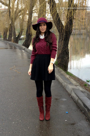 brick red Zara hat - brick red Stradivarius boots - white H&M shirt