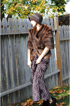 brown vintage coat - purple vintage dress - black Aldo boots - brown hat