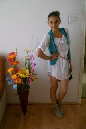 vest - boots - shirt - shorts
