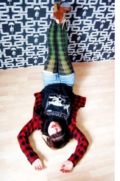 leggings - shirt - t-shirt - jacket - boots