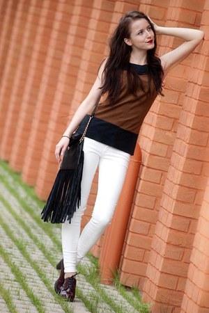 black Mohito bag - white Mango jeans - dark brown reserved shirt