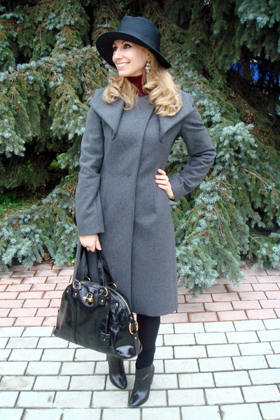 charcoal gray Max Mara coat - black Giorgio Armani hat - maroon Uniqlo sweater