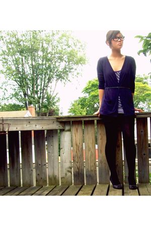 black shoes - blue Forever 21 cardigan - purple garage top - black  tights - sil