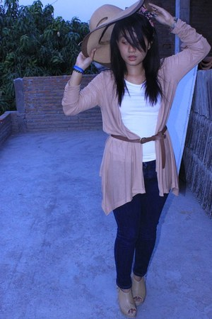 blue Logo jeans - floopy hat - nude cardigan - brown belt - white top