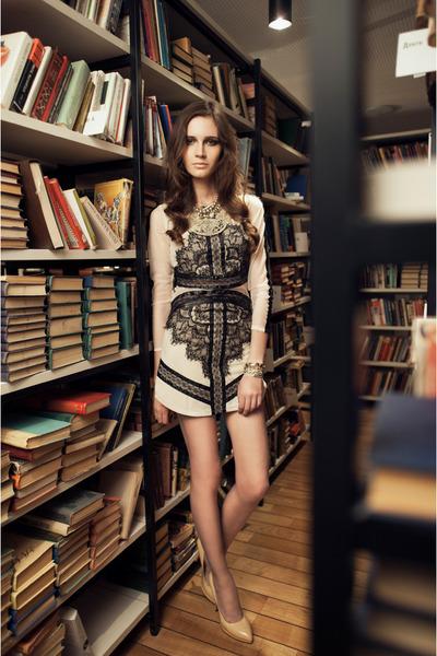 nude lace dress OASAP dress - nude Christian Louboutin heels