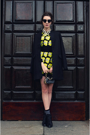 yellow graphic tee OASAP suit - black studded bag versace bag