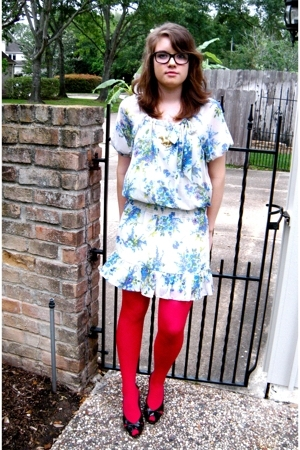 Target dress - welovecolorscom tights - thrift necklace - Greta shoes - Claires