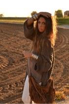 dark brown bag Zara bag - ivory pants H&M pants - brown cardigan Bershka cardiga