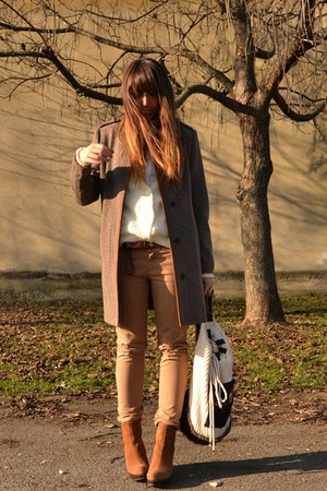 dark brown Zara coat - bronze Urban Outfitters boots - cream Zara bag