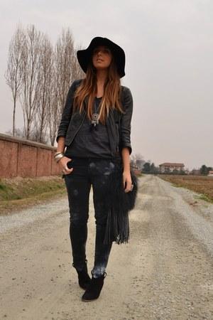 black Mango boots - navy Zara jeans - black H&M hat - black Zara jacket