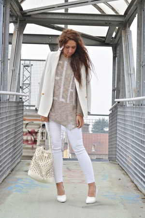 white H&amp;M wedges - camel happiness sweater - off white Mango blazer