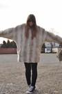 Black-skinny-zara-jeans-off-white-faux-fur-topshop-coat