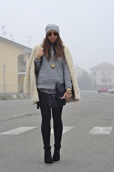 black Zara bag - camel Zara coat - silver scout hat