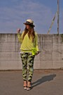 Camel-h-m-hat-yellow-zara-sweater-yellow-urbanog-bag-chartreuse-zara-pants
