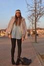 Black-boots-asos-boots-eggshell-faux-fur-stradivarius-coat