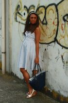 white H&M dress - blue vintage purse - white no brand shoes - white H&M accessor