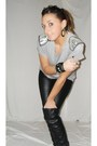 Gray-zara-t-shirt-black-zara-pants-black-zara-boots-silver-vintage-earring