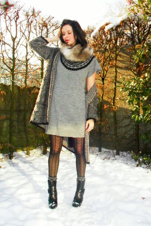 heather gray dress - dark gray cardigan - black boots - black tights - tan scarf