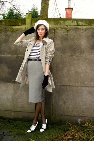 camel coat - black tights - white t-shirt - gray skirt - white heels - black glo