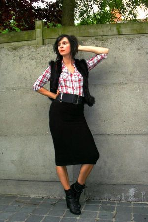 black worn as skirt dress - red shirt - black vest - black belt - shoes