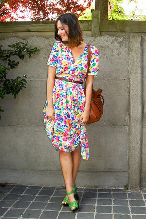 chartreuse clogs - hot pink dress - tawny bag - brown belt