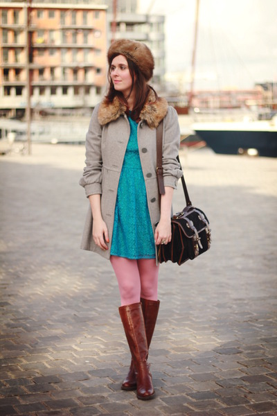 turquoise blue dress - dark brown boots - heather gray coat - bubble gum tights