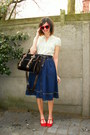 Navy-skirt-red-flats