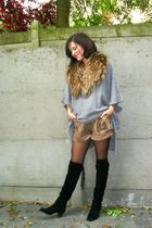 gray sweater - black boots - brown shorts - brown scarf